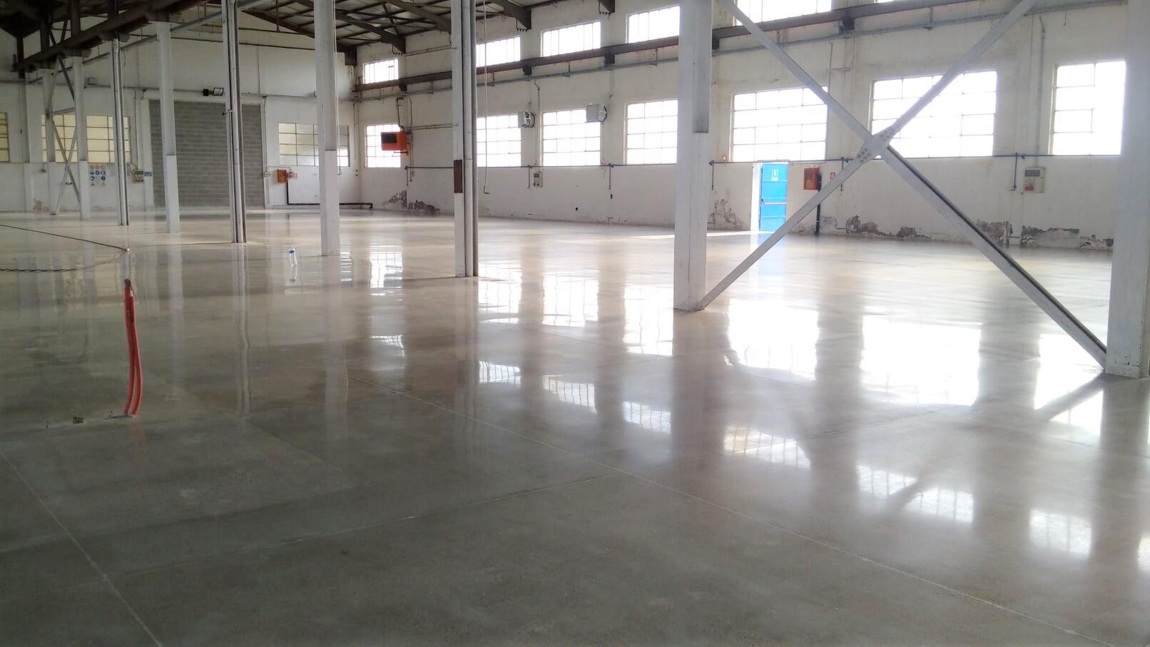 Pavimento In Cemento Prezzi quanto costa lucidare pavimento in cemento - cristallina